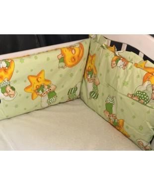 Защита для детской кроватки, Мишки на луне салатовый