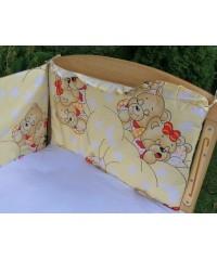 Защита для детской кроватки, Мишки спят желтая