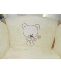 Детский постельный комплект Мишка с сердечком (8 эл) беж