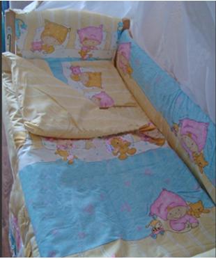 Детский постельный комплект  Дети спят желтый (8 эл)